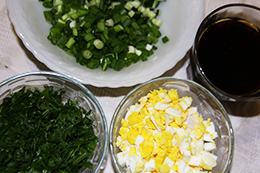 огурец, яйцо, лук, зелень
