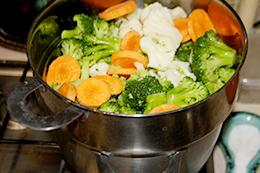 Треска в панировке и овощи на пару пошагово фото