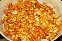 Салат с лисичками  фото