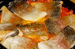 Форель с помидорами на сковороде рецепт пошагово фото