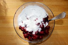 простой вишневый пирог как приготовить фото
