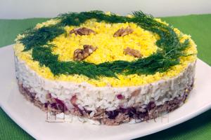 мимоза с рисом и тунцом
