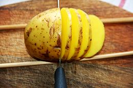 веер из картошки в духовке, как приготовить фото