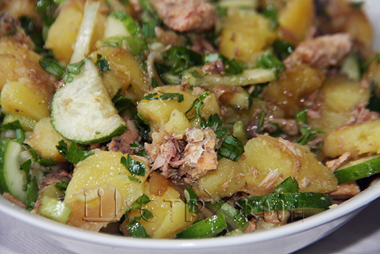 Салат с тунцом и огурцом, рецепт