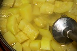 нежный суп из кабачка со сливками